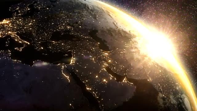 vídeos de stock e filmes b-roll de earth sunrise - portugal map