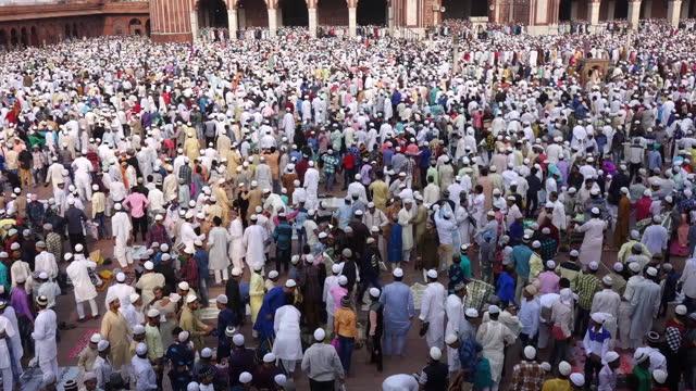 eid församling - eid ul adha bildbanksvideor och videomaterial från bakom kulisserna