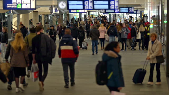 stockvideo's en b-roll-footage met eindhoven centraal station - eindhoven