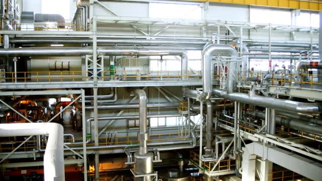 elkraftverket. panorama över det ryska värmekraftverkets inre. hd - värmepump bildbanksvideor och videomaterial från bakom kulisserna