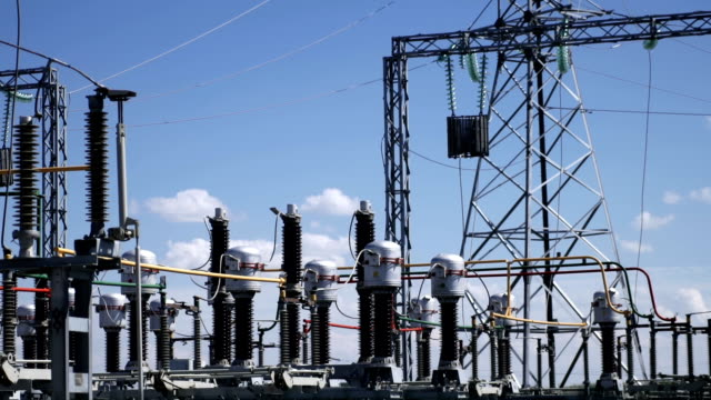 electric power station. power lines. - sottostazione elettrica video stock e b–roll