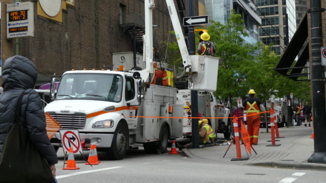 Electrical maintenance workers Vancouver video