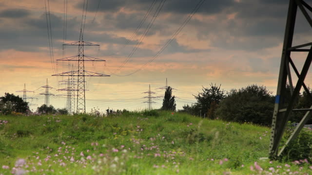 CRANE UP: Electricity Pylons video