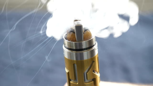 electronic cigarette video