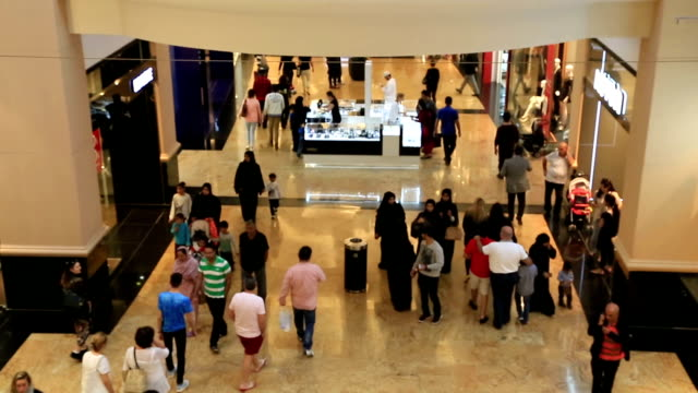 elegante centro commerciale - paesi del golfo video stock e b–roll