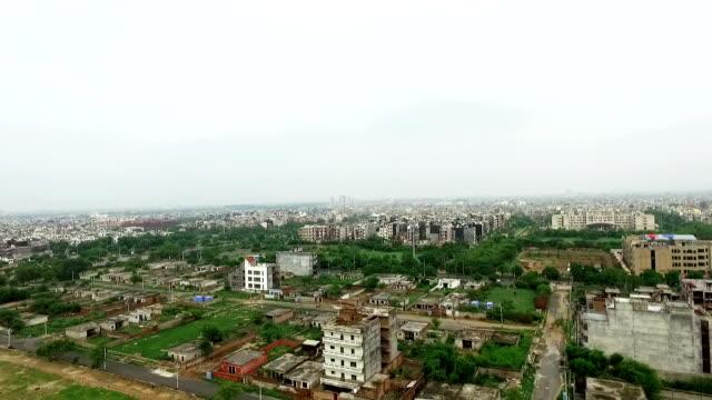 Vista de um elevado cidade - vídeo