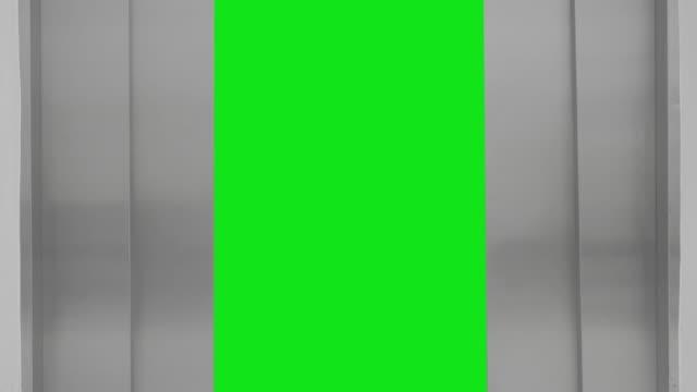 ascensore aperta a schermo verde - ascensore video stock e b–roll