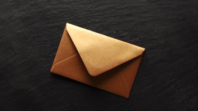 e-postmarknadsföring - kuvert bildbanksvideor och videomaterial från bakom kulisserna
