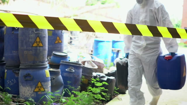 Emergency Team Removes Biohazard Leak video