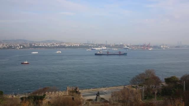 eminonu 港, 伊斯坦布爾, 土耳其 - 亞洲中部 個影片檔及 b 捲影像