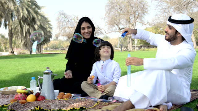Emirati family having a picnic video
