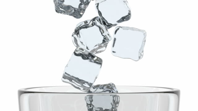 boş cam ve buz küpleri 3d animasyon - küp buz stok videoları ve detay görüntü çekimi