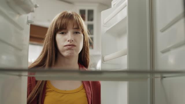 Leerer Kühlschrank! – Video