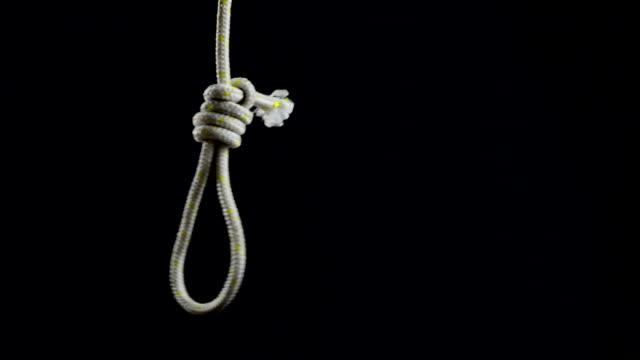 Leere Seil Schlinge mit Henkers Knoten. – Video