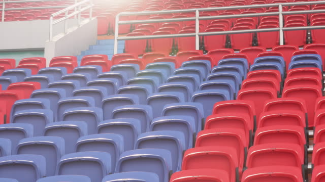 empty seats in a stadium - дворец спорта стоковые видео и кадры b-roll