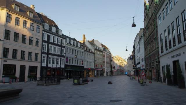 tomma gator amagertorv under lockdown - dansk kultur bildbanksvideor och videomaterial från bakom kulisserna