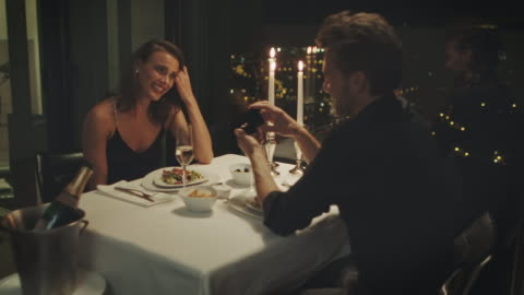anello di fidanzamento - fidanzato video stock e b–roll
