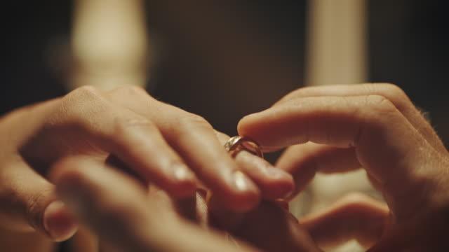 婚約指輪  - 指輪点の映像素材/bロール