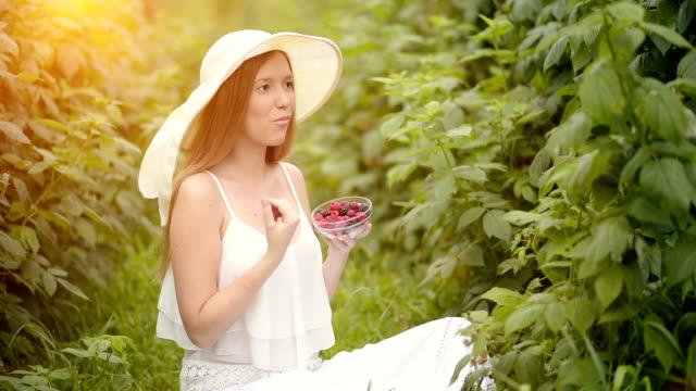 Enjoying fruit in the summer video