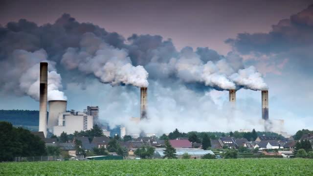 danno ambientale - rivoluzione industriale video stock e b–roll