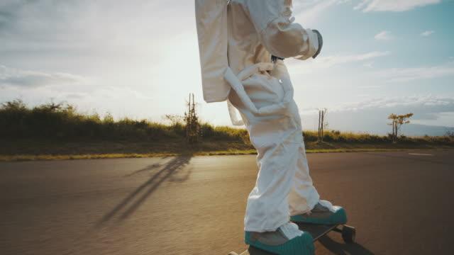 Epic astronaut skateboarding video