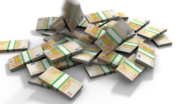 euro banknotes pile - pound sterling isolated bildbanksvideor och videomaterial från bakom kulisserna