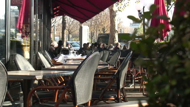 hd :ヨーロッパ、フランス、パリのカフェ文化 - カフェ文化点の映像素材/bロール