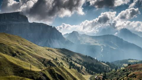 catena montuosa delle alpi europee , time lapse , svizzera - mountain video stock e b–roll
