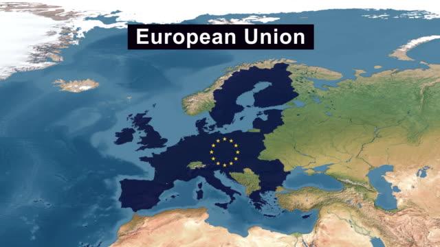 europäische union karte mit eu-flagge, vergrößern sie europäische union geländekarte aus breite perspektivische ansicht - europäische union stock-videos und b-roll-filmmaterial