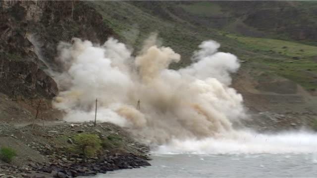 exploding - 石材 個影片檔及 b 捲影像
