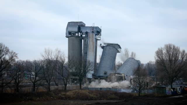 explosive building demolition