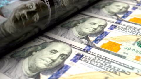 abd doları basın makinesi baskı 100 usd banknotlar aşırı yakın - money stok videoları ve detay görüntü çekimi