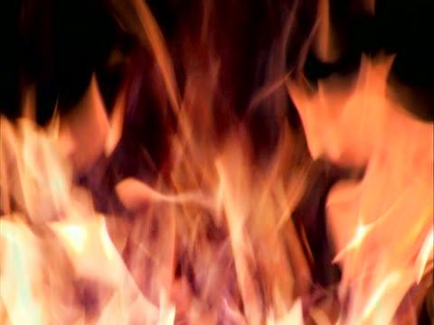 ekstremalnych fire - opis fizyczny filmów i materiałów b-roll