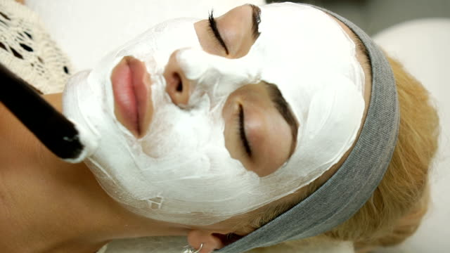 Face treatment video