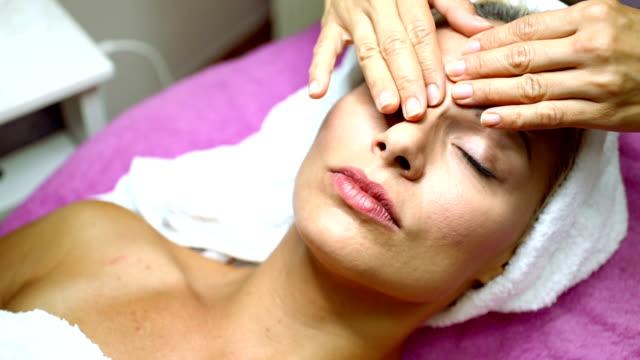 Facial massage. video