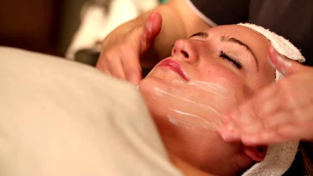 Facial Treatment Rub in Cream video