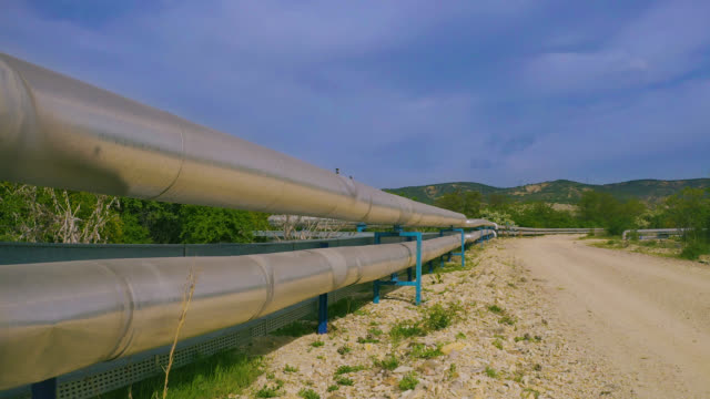 factory pipeline i naturen-utsikt från luften - pipeline bildbanksvideor och videomaterial från bakom kulisserna