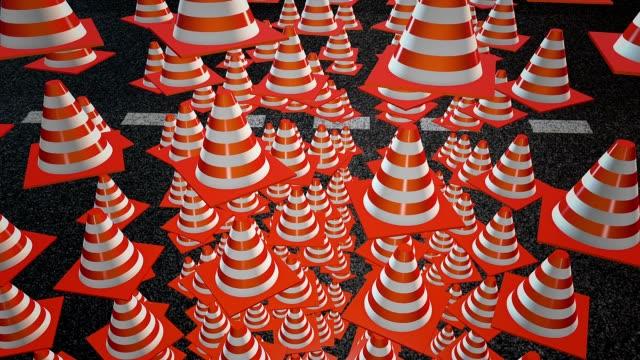 falling 抽象的な三角コーン - こっそり点の映像素材/bロール