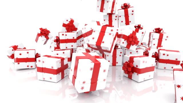 立ち下がりのクリスマス ギフト ボックス - プレセントの箱点の映像素材/bロール