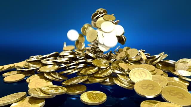 hd: fallenden münzen alpha - euros cash stock-videos und b-roll-filmmaterial