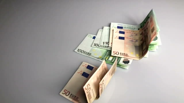Falling Euro in SLO MO video