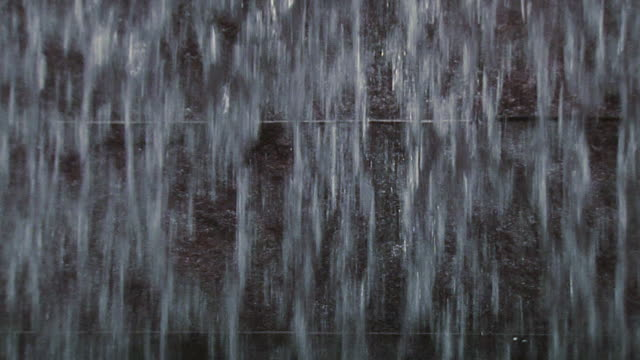 падающая вода текстуры петля hd 1080/24p - элемент здания стоковые видео и кадры b-roll