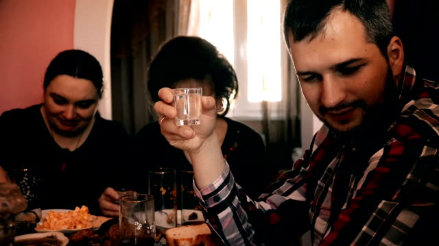 Family at the dinner table - Stock video. video