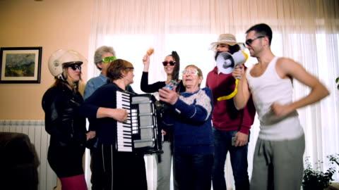 aile ev partisi - kutlama stok videoları ve detay görüntü çekimi