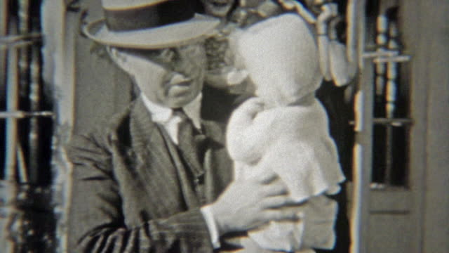 1938: Family leaving suburbs headed to city in new car. video