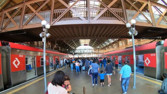 Famous Luz Station in Sao Paulo, hyper lapse Hyper Lapse of the Famous Luz Station in Sao Paulo, Brazil são paulo state stock videos & royalty-free footage