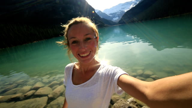 famouse spot lake louise selfie - selfie stock videos & royalty-free footage
