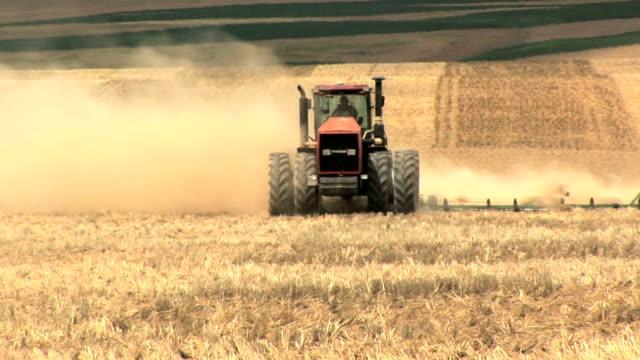 Farm tractor 2 video