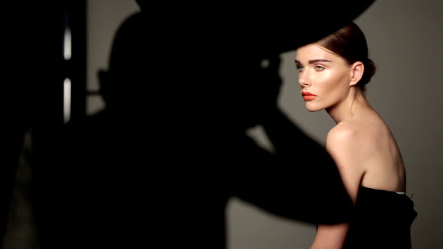 fashion shooting with woman model - design stok videoları ve detay görüntü çekimi