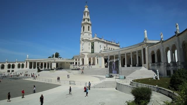 fatima årsdagen uppenbarelser - basilika katedral bildbanksvideor och videomaterial från bakom kulisserna